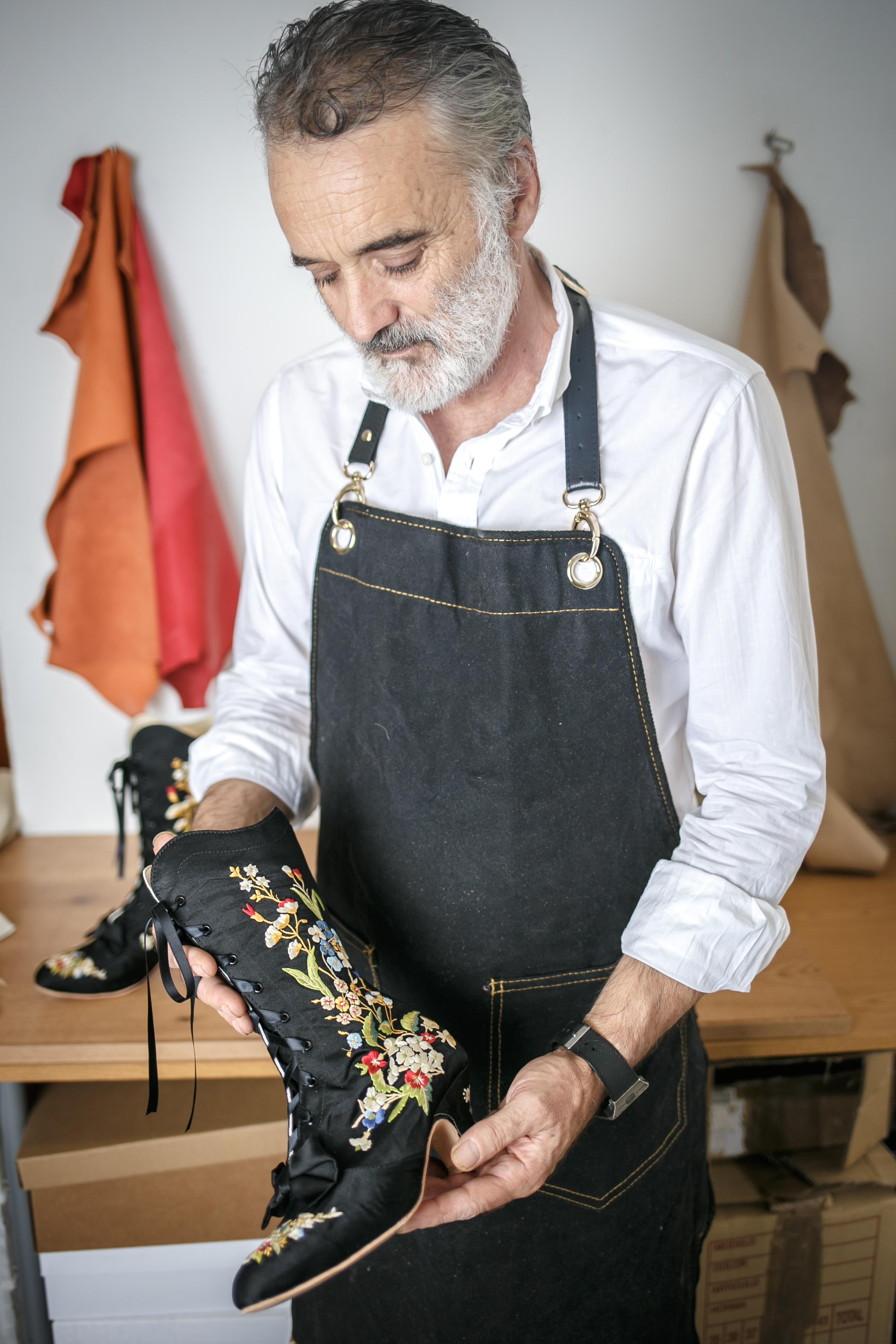 agustin moreno artesano zapatos