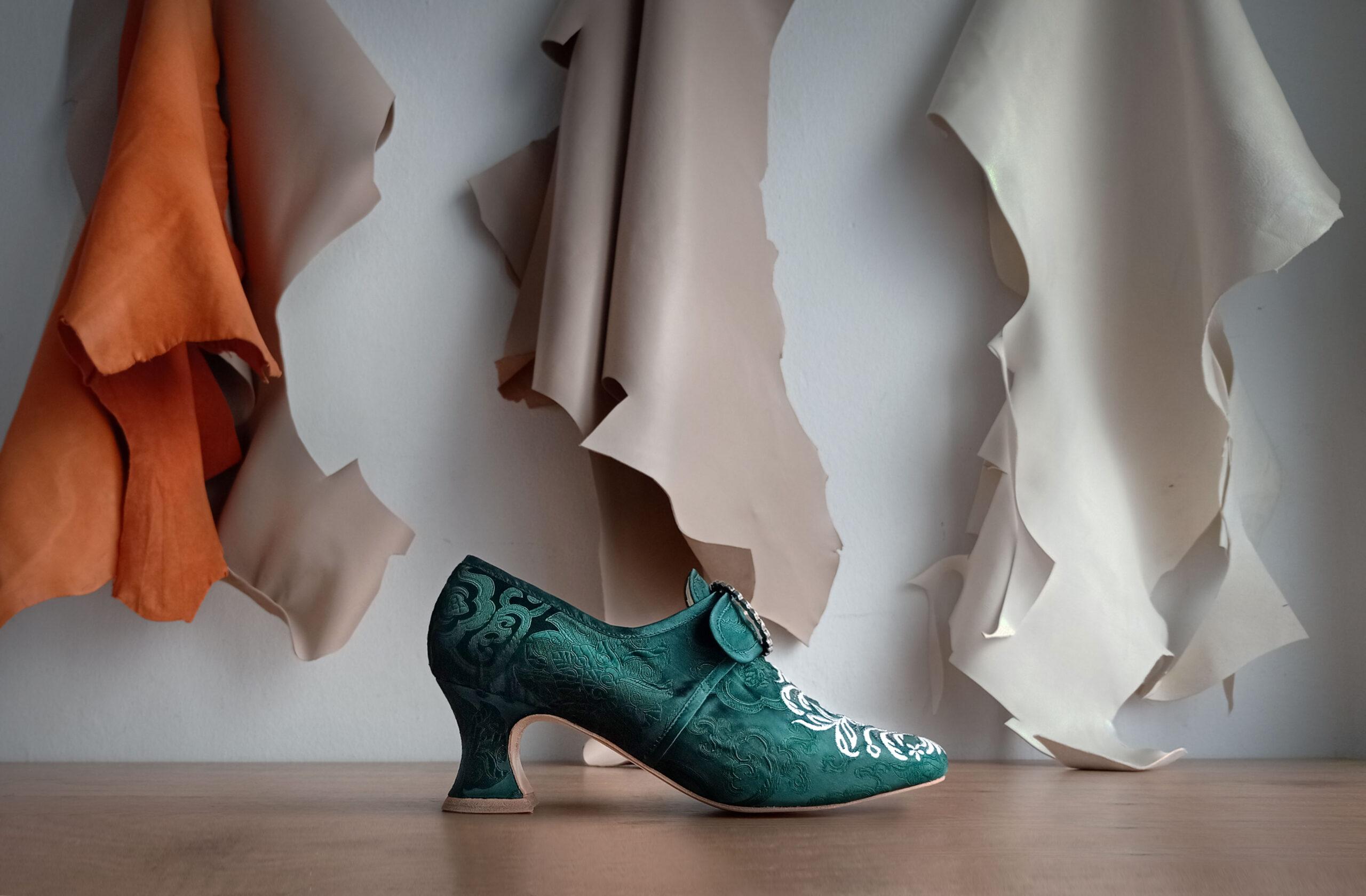 18th century shoe costuming